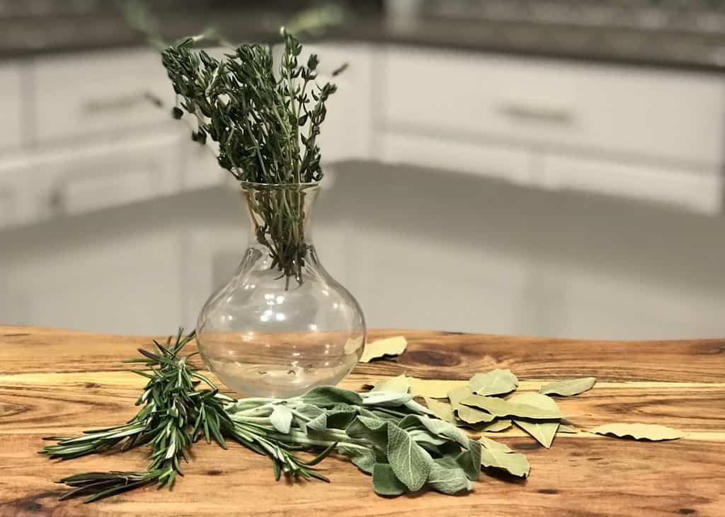 Gravy - Herbs