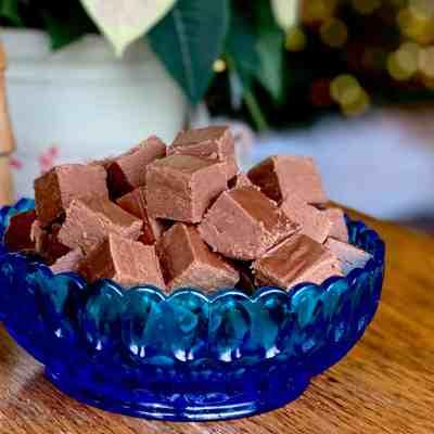 Decadent Dark Chocolate Fudge
