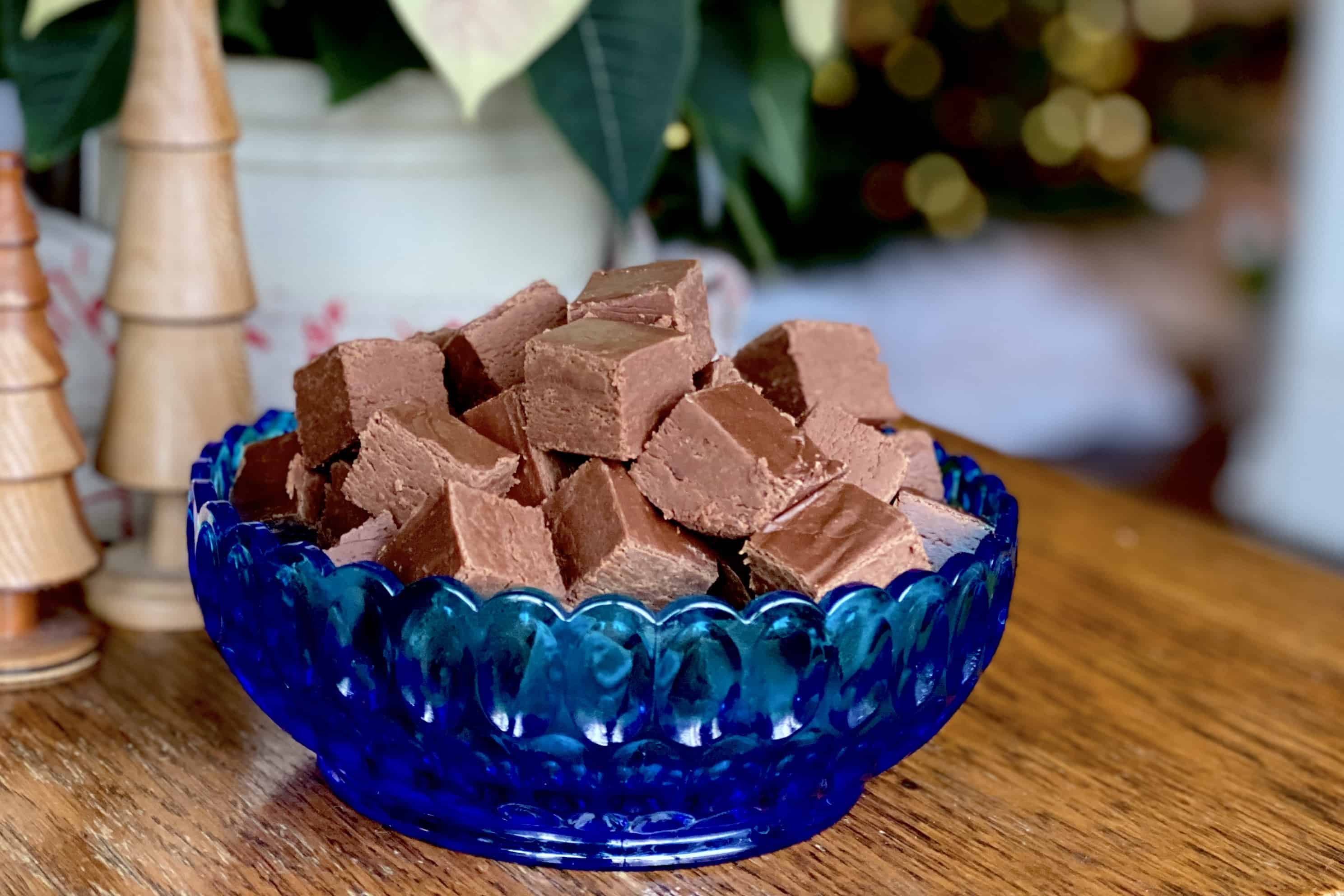 Fudge and the Blue Bowl