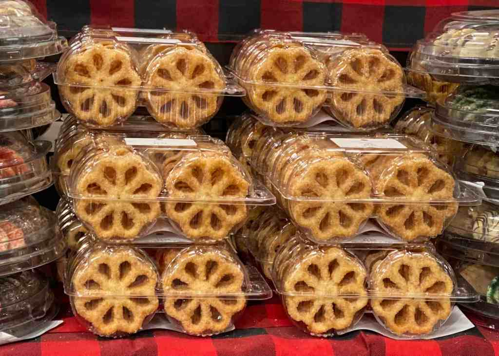 Rosettes from Lunds and Byerlys